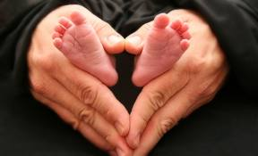 Baby Feet 1.jpg